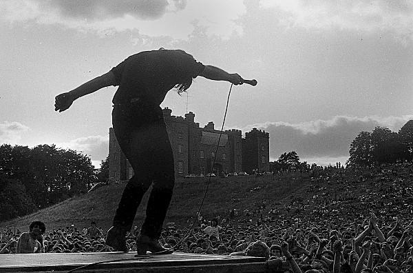 Slane81-014 - 1981 concert at Slane Castle
