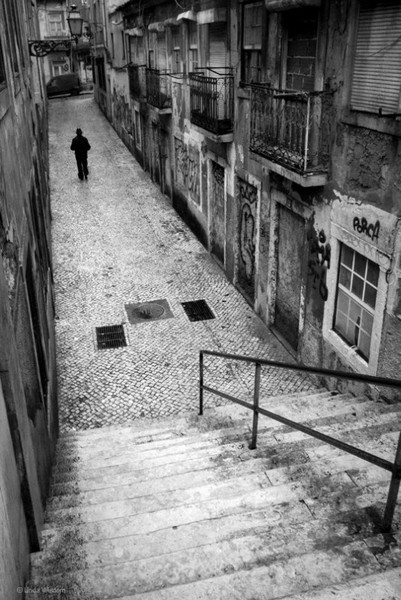 linda-wisdom-Lisbon-street-photography-02