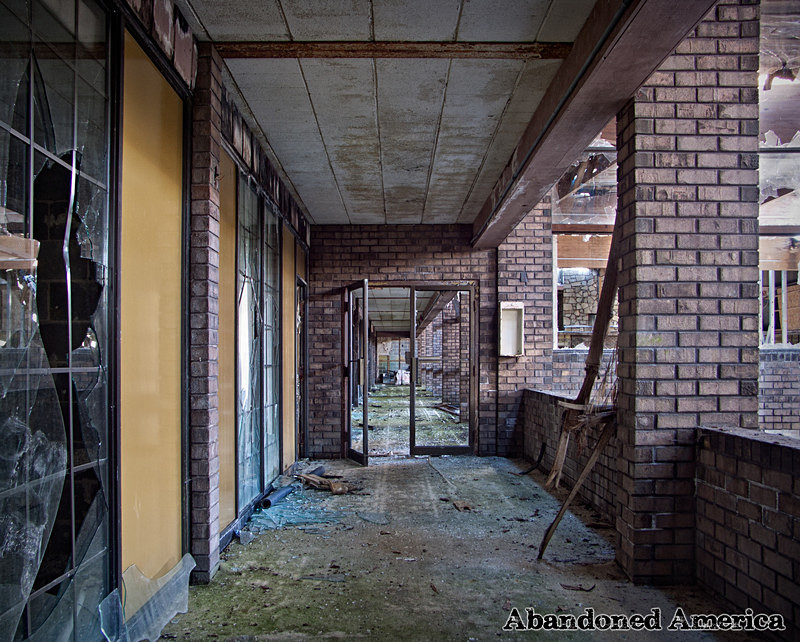 Shawnee Lancaster Resort, Lancaster PA - Photographs presented by Matthew Christopher Murray's Abandoned America