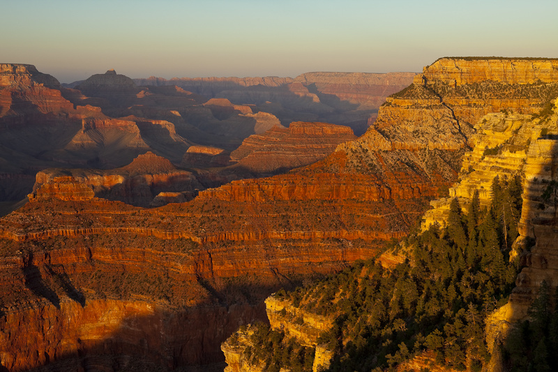 GRAND CANYON LIGHT - COLOR LANDSCAPES