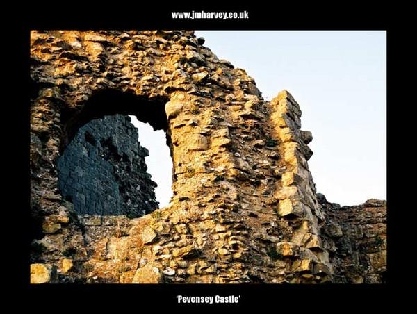 Pevensey 03 - Pevensey Castle