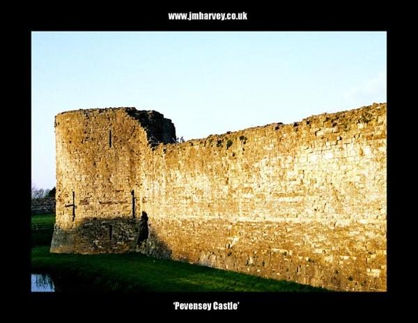 Pevensey 11 - Pevensey Castle