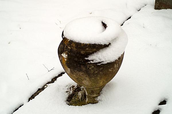 Snow - 02 - Snow