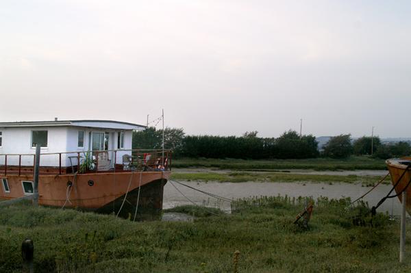 Shoreham Houseboats - 11 - Shoreham Houseboats