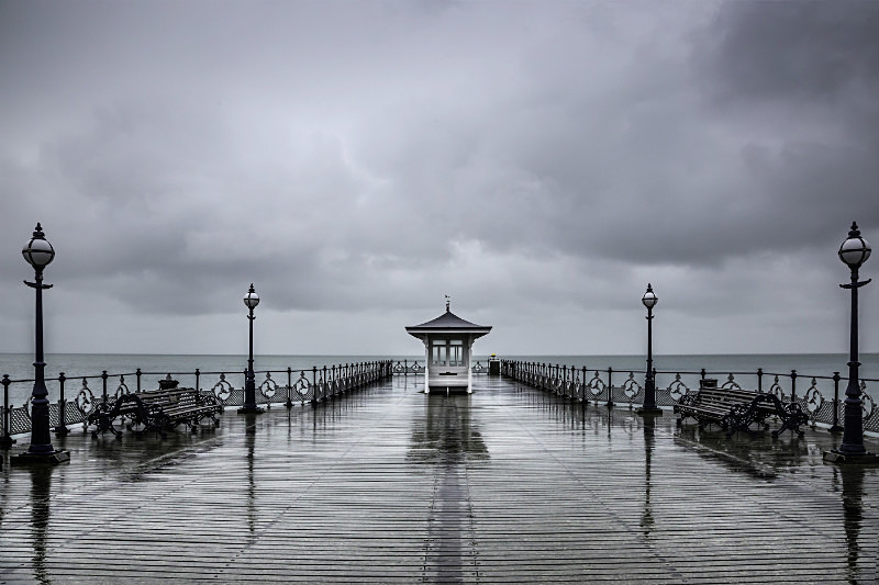 Swanage Pier in heavy rain. - Coastal Britain