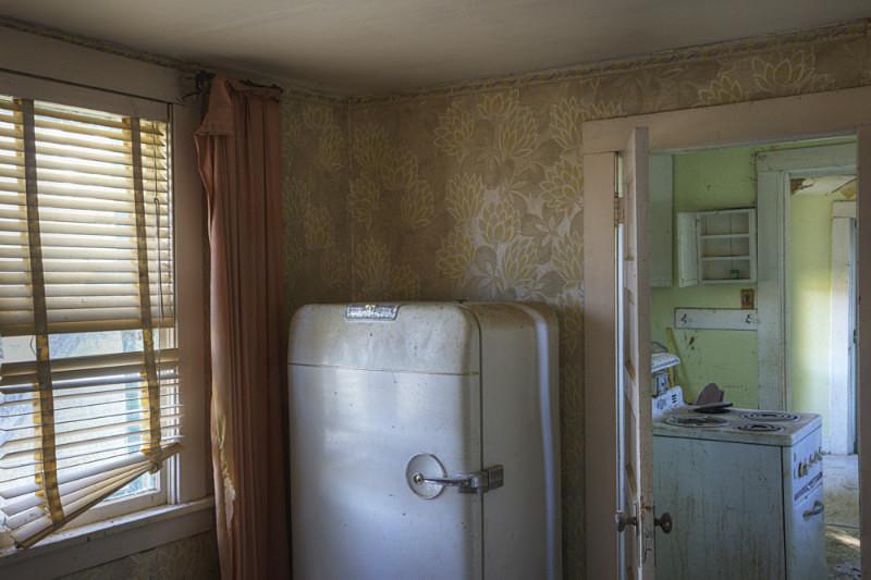 Kitchen. - Abandoned America