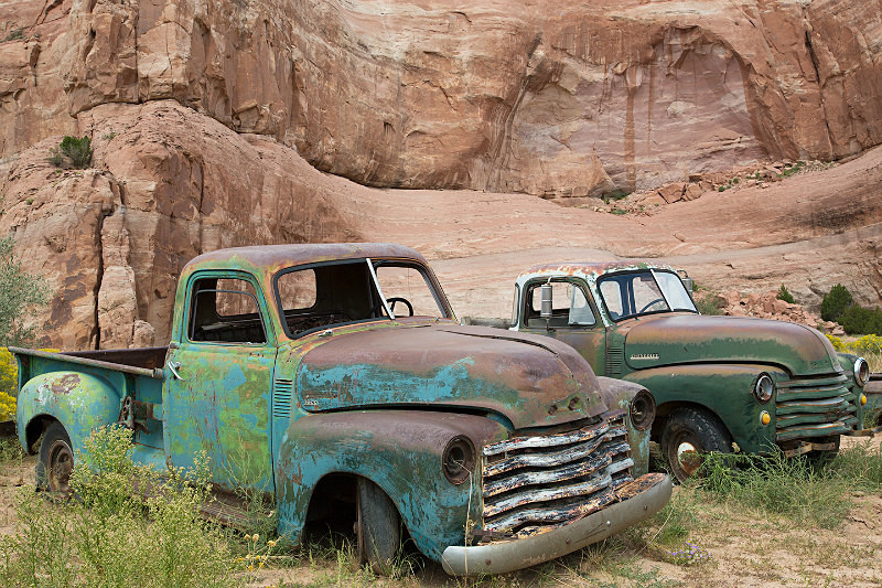 Two abandoned pick-ups, Az. - Route 66