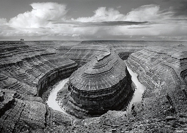 Goosenecks. - Monochrome Landscape America