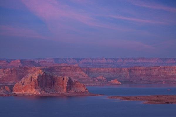 Lake Powell. - American Landscape