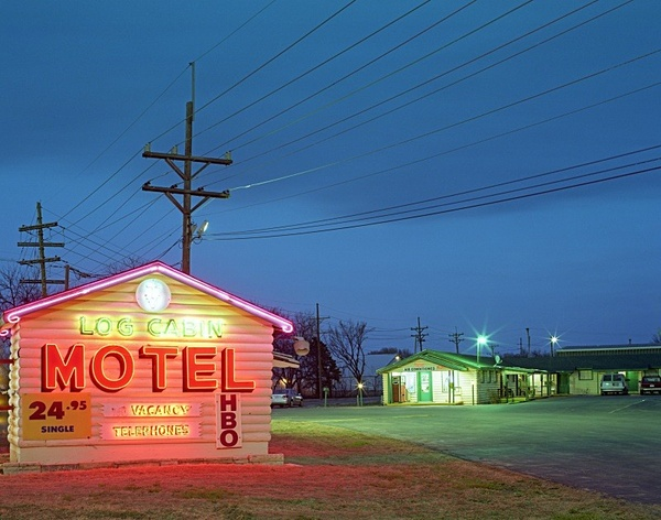 Log Cabin Motel, Salina Kansas. - American Icons