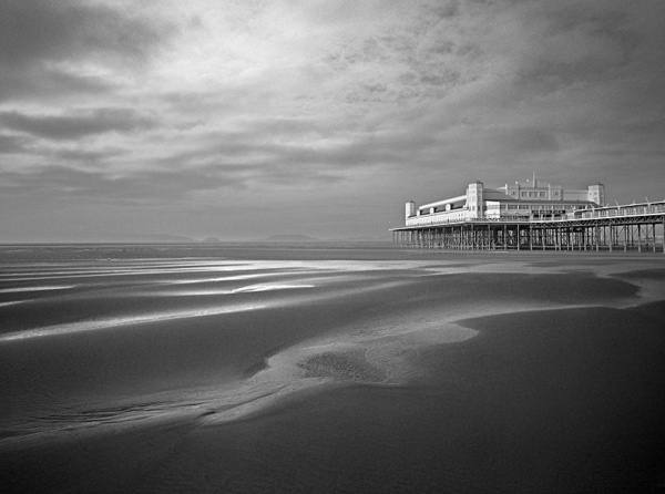 Pier, Weston super Mare. - Monochrome Landscape Europe