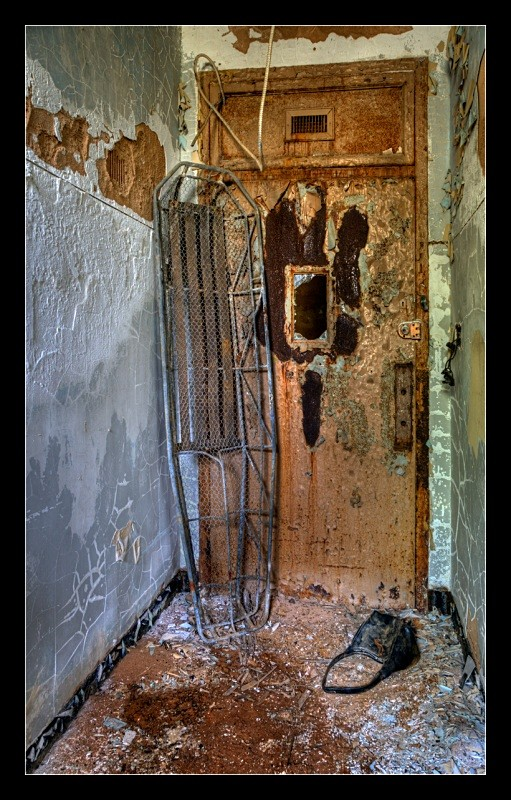 Morgue Door - Asylum