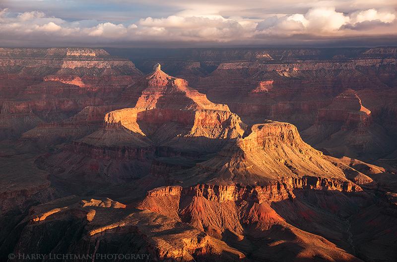Cheops Pyramid - Grand Canyon - South Rim