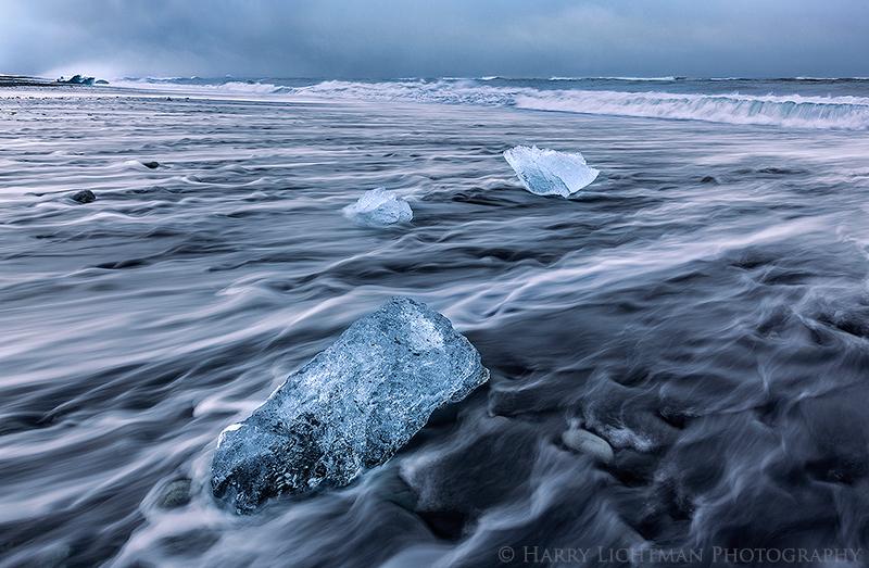 Stranded - Iceland Winter