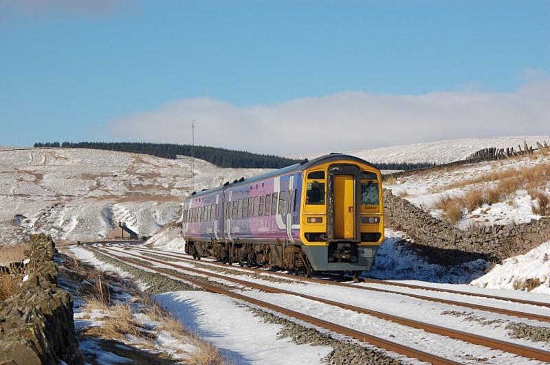 6.2.09 - 158842 11.51 Carlisle - Leeds - Dentdale