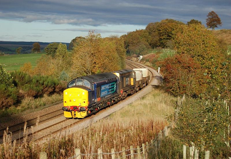 24.10.13 37402 20301 6M60 Seaton on Tees - Sellafield, Naworth Parks - Tyne Valley