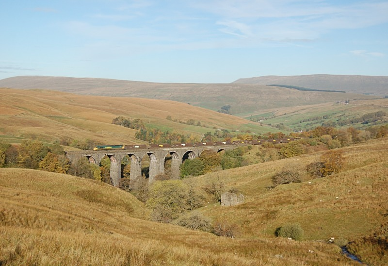 24.10.13 - 66566 6Z76 Hunterston - Ratcliffe, Dent Head viaduct - Dent Head