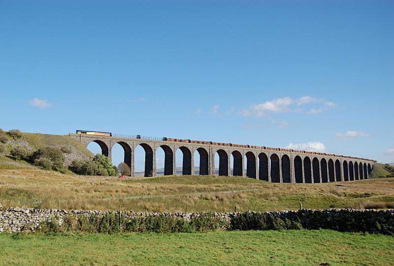 26.9.14 - 66849 6V37 Ribblehead - Chirk, Ribblehead viaduct - Ribblehead Viaduct