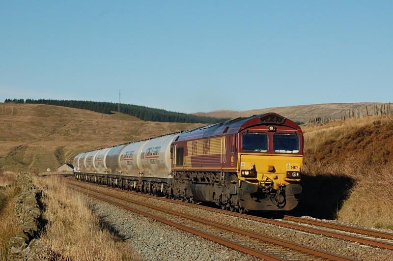 9.11.09 - 66174 6M00 Mossend - Clitheroe, Dentdale - Dentdale
