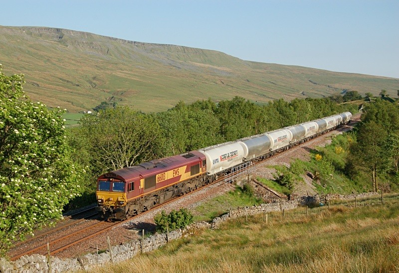 1.6.09 66013 6S00 Clitheroe - Mossend, Low Frith - Low Frith