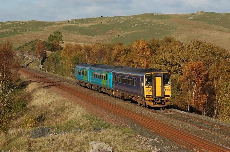 3.11.06 153328 & 156497 11.51 Carlisle - Leeds, Low Frith - Low Frith