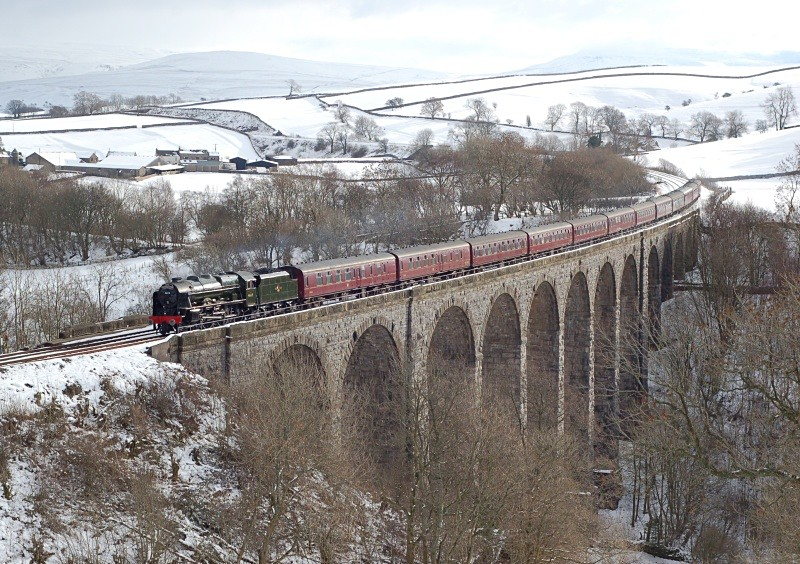 7.2.09 - LMS 7P 46115 'Scots Gaurdsman' Man Vic - Car CME, Smardale V - Smardale viaduct