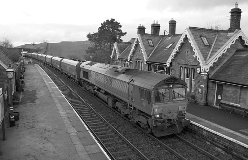 JL - 9.1.16 66011 Carlisle Yard - Milford Sidings, Kirkby Stephen - Kirkby Stephen