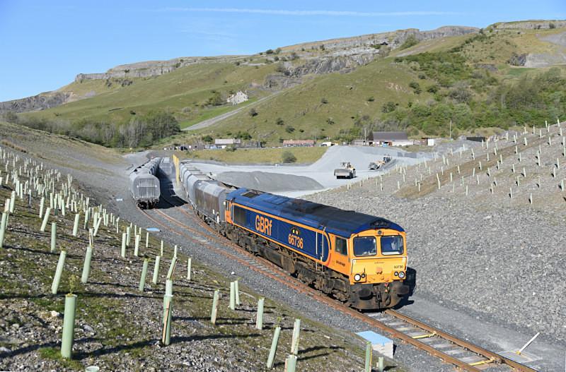 JL - 11.5.17 66736 6M25 Doncaster - Arcow, Arcow Quarry - Arcow branch