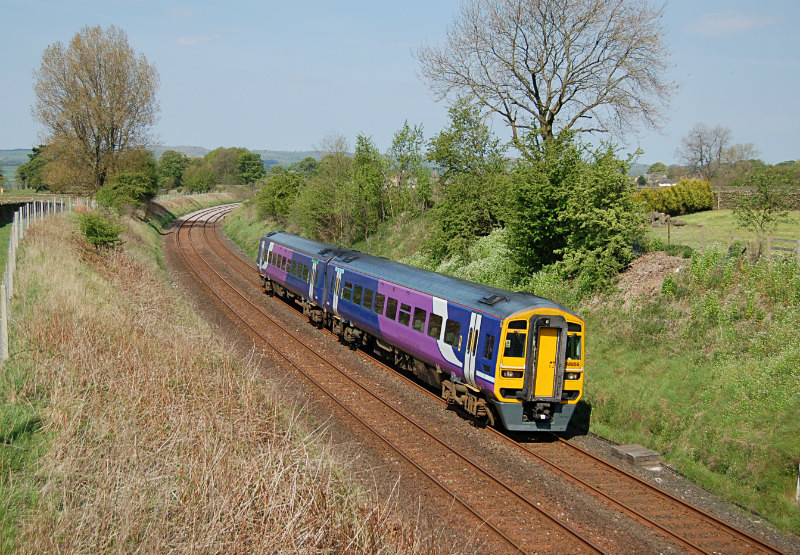 JL - 13.5.16 158855 0935 Appleby - Leeds, Long Preston - Long Preston