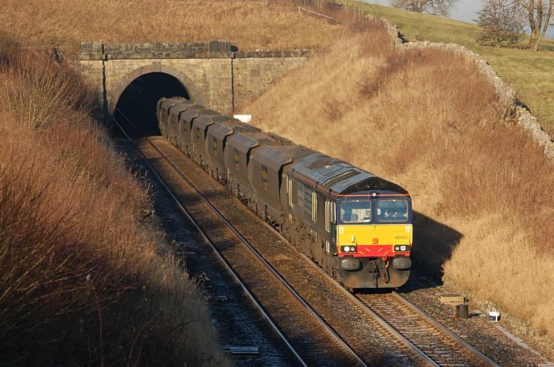 20.12.07 66425 6E36 Killoch - West Burton, Crosby Garrett Tunnel - Crosby Garret Tunnel