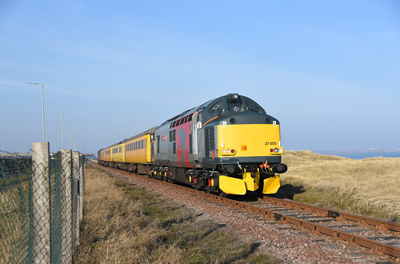 JL - 23.1.17 37608 & 37604 1Q05 Derby RTC-Tees Yard, North Blyth - Elsewhere on the network