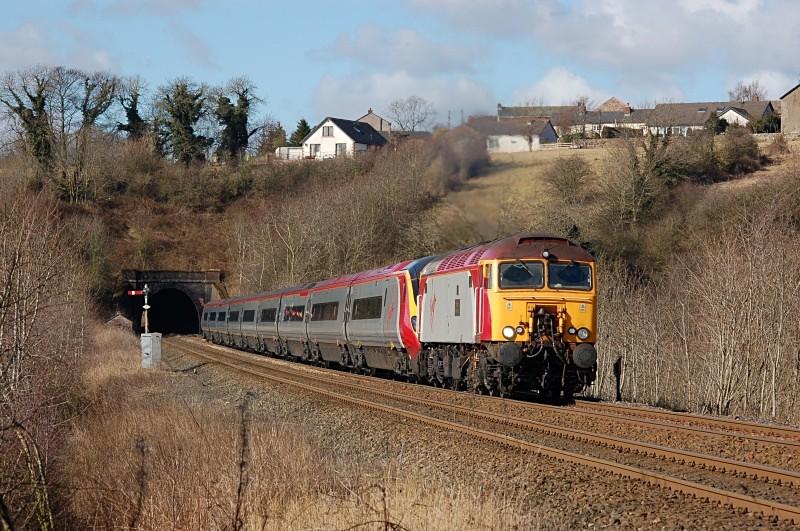 5.3.06 57303 & 390026 1A54 11.53 Carlisle - Euston, Culgaith - Culgaith