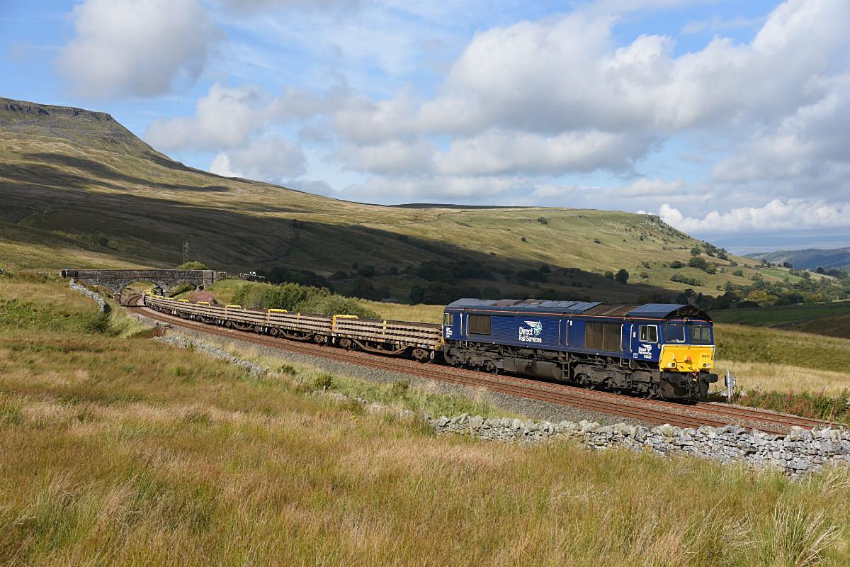 JL - 19.9.17 66430 6K05 Carlisle - Crewe, Ais Gill - Ais Gill (road bridge southbound)