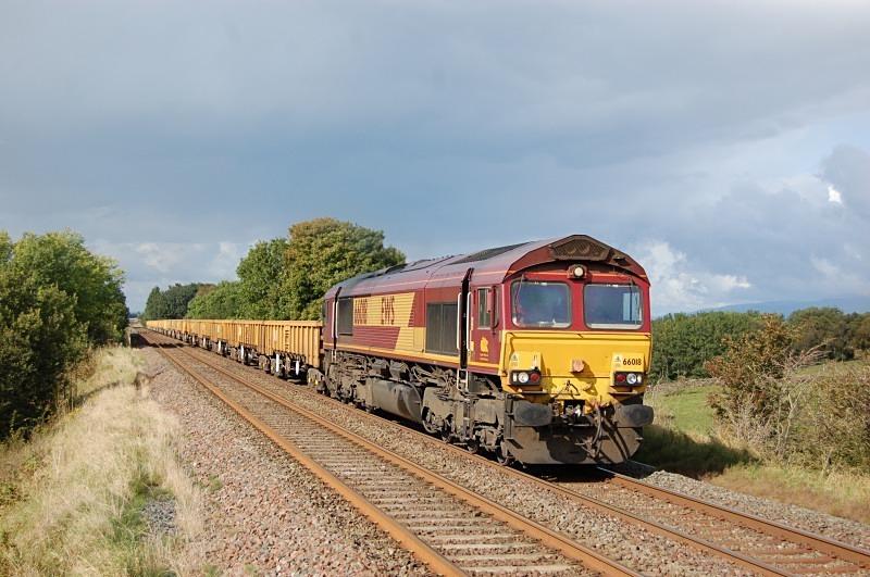 26.9.12 - 66018 6K05 Carlisle - Crewe, Griseburn viaduct - Griseburn