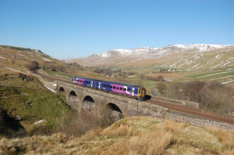 5.4.12 - 158853 14.49 Leeds - Carlisle, Ais Gill viaduct - Ais Gill - Viaduct