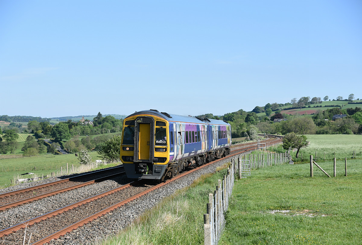 JL - 26.5.17 158853 08.53 Carlisle - Leeds Langwathby - Langwathby