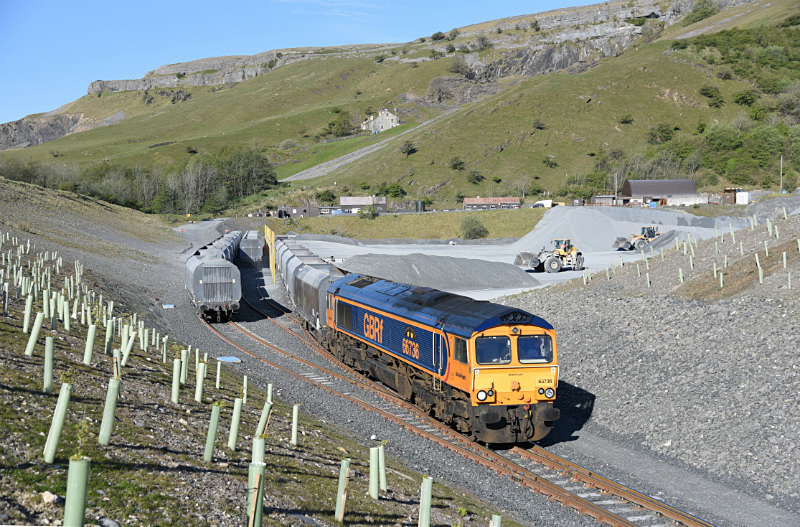 11.5.17 66736 6M25 Doncaster - Arcow, Arcow Quarry - Arcow branch