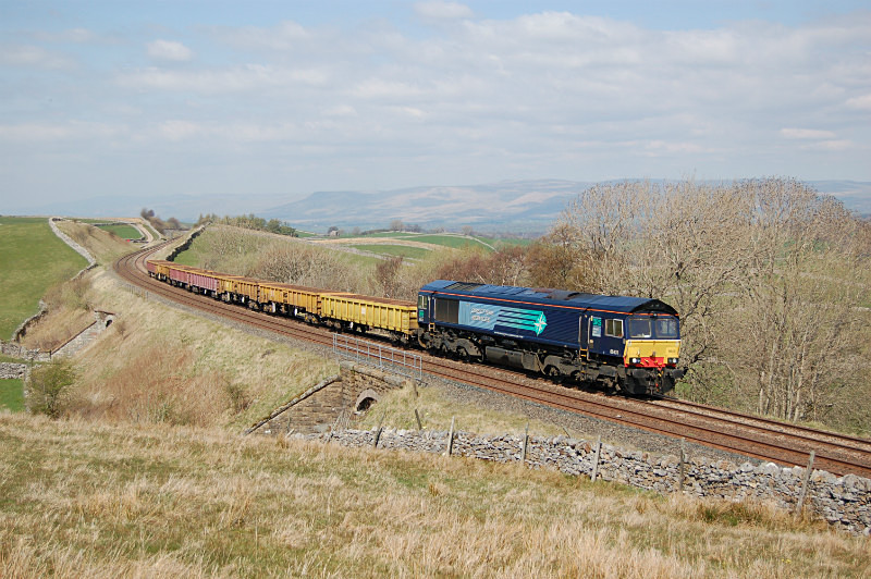 JL 22.4.15 - 66431 6K05 Carlisle - Crewe, Birkett Common - Birkett Common (southbound)