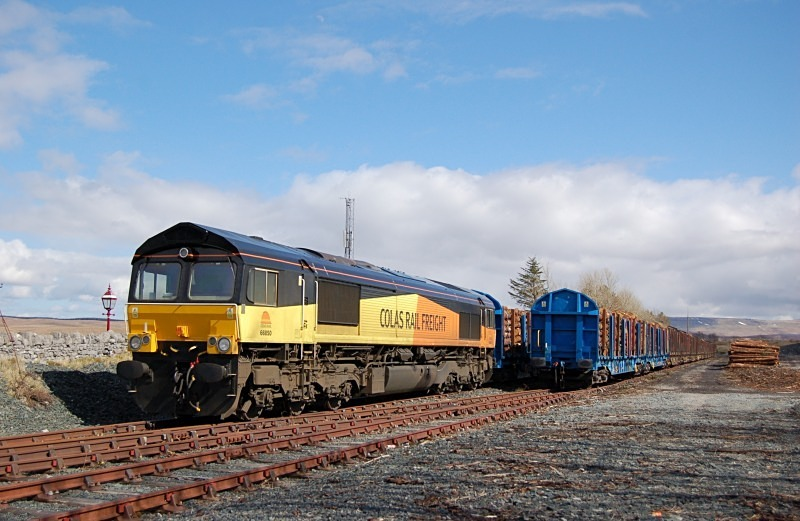 19.4.13 - 66850 6Z70 (cancelled) Ribblehead - Chirk, Ribblehead siding - Ribblehead sidings
