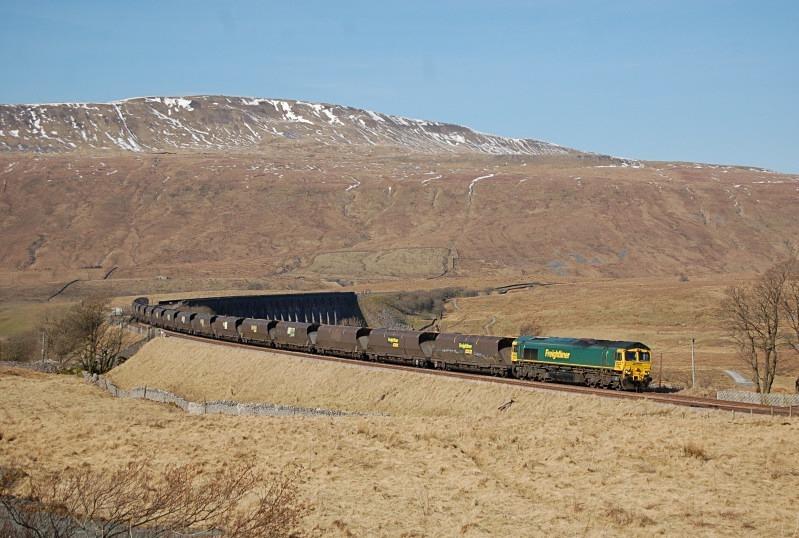 28.2.13 - 66613 6M11 Killoch - Fiddlers Ferry, Ribblehead - Ribblehead