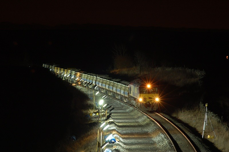 21.3.06 66136 engineers, Ais Gill road bridge - Ais Gill (road bridge northbound)