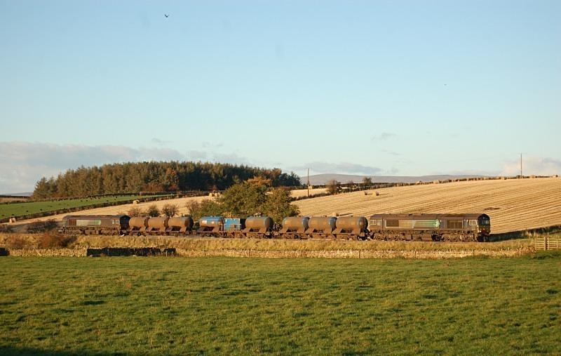 26.10.12 - 66425 & 66422 3J11 Carlisle - Carlisle, Langwathby - High Barn Farm