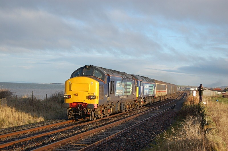 17.12.10 37259 & 47790 & 57004 10.30 Workington - Maryport, Flimby - Cumbrian Coast