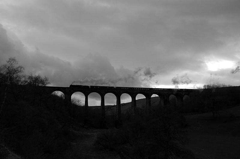 JL 28.3.15 LMS Royal Scot No. 46115 1Z87 Carlisle - Euston, Smardale - Smardale viaduct