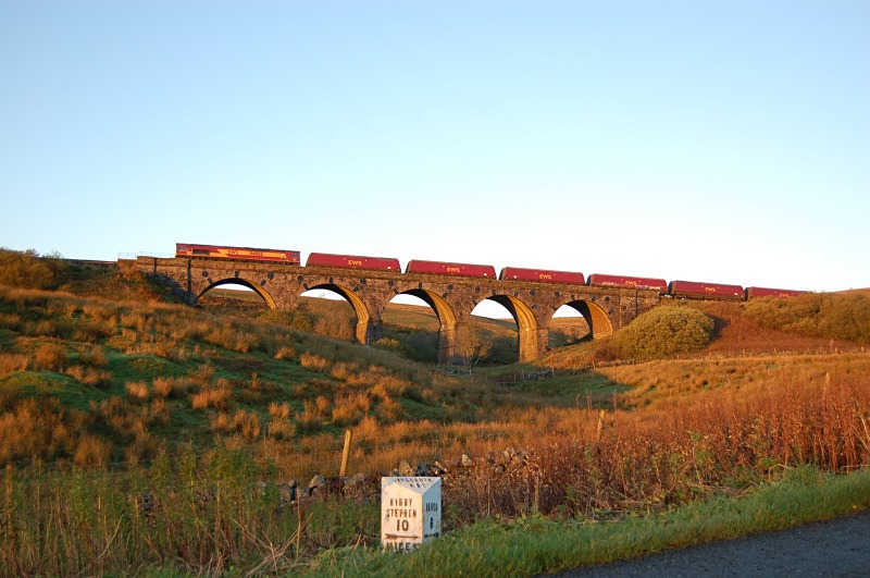 24.10.13 - 66066 6E77 New Cumnock - Cottam, Lunds viaduct - Lunds - Southbound