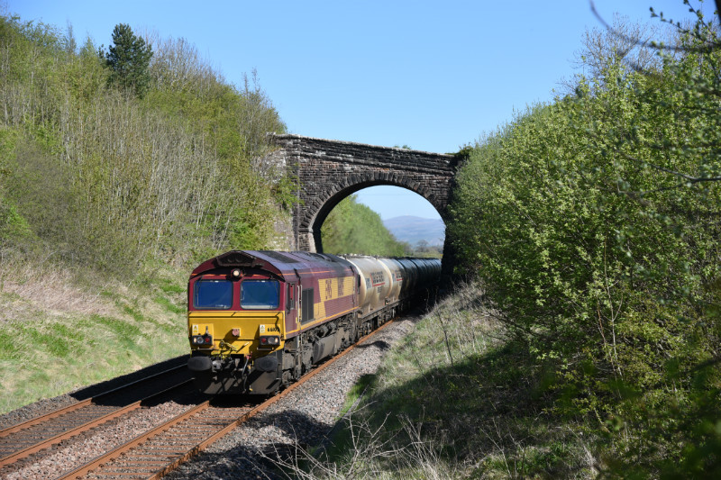 JL - 5.5.17 66105 6M00 Mossend - Clitheroe, Soulby Rd Bridge - Soulby Road Bridge