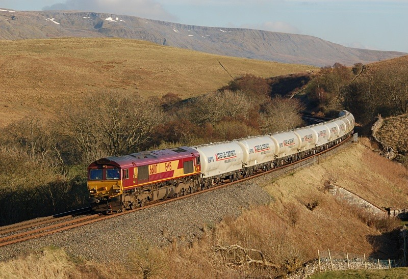 14.4.10 66107 6S00 Clitheroe - Mossend, Birkett Common. - Birkett Common (northbound)