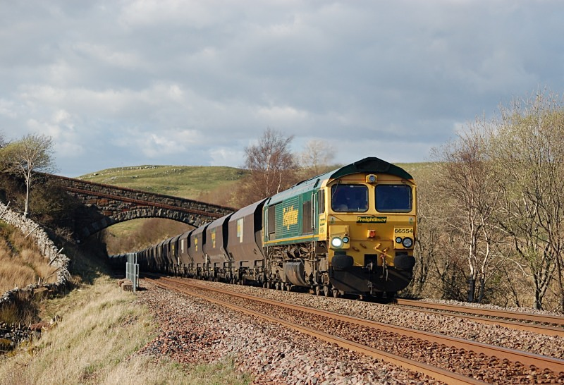 14.4.14 - 66554 6M21 Hunterston - Ratcliffe, Low Frith - Low Frith