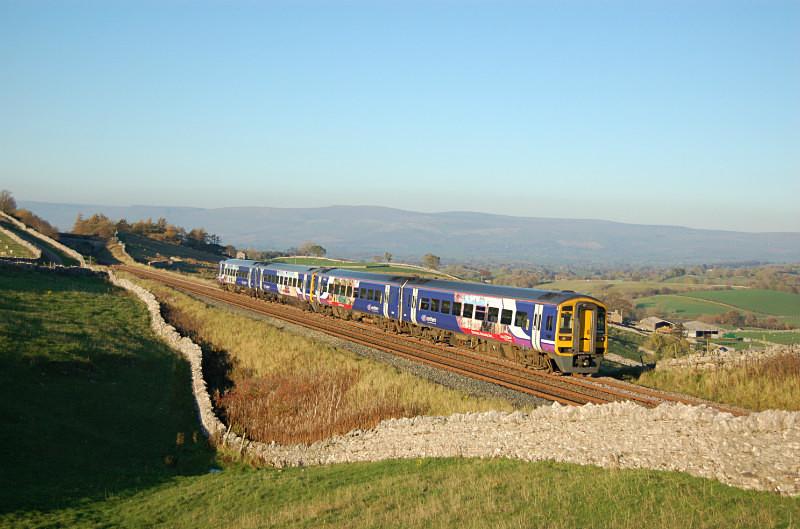 JL - 2.11.15 158860/904 14.04 Carlisle - Leeds, Greengates - Greengates