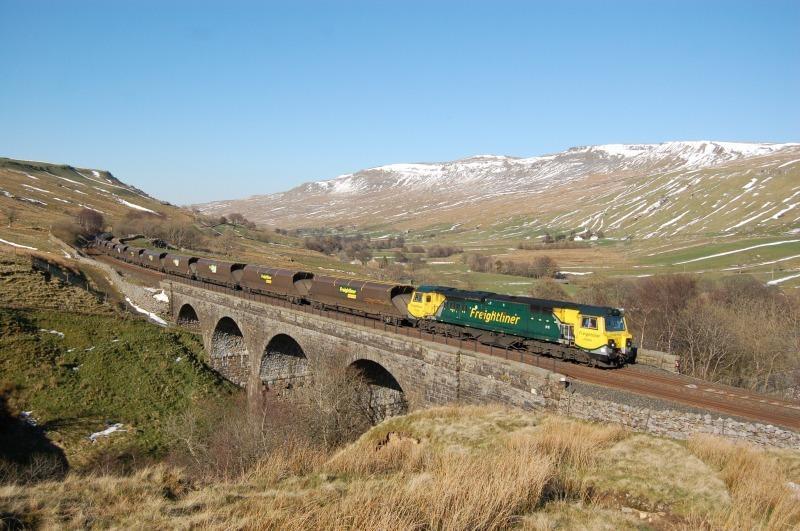 5.4.12 - 70006 6M32 Killoch - Ratcliffe, Ais Gill viaduct - Ais Gill - Viaduct